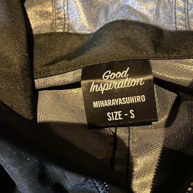 GU(ジーユー)のGUミハラヤスヒロ マウンテンパーカ3レイヤーファブリックMY メンズのジャケット/アウター(マウンテンパーカー)の商品写真