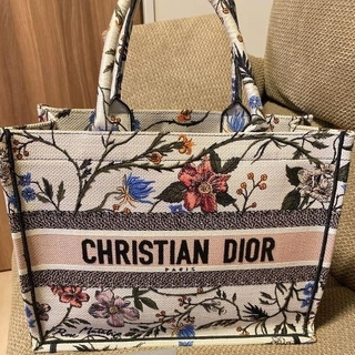 Christian Dior - ディオールブックトート トートバッグ  DIOR BOOK TOTE