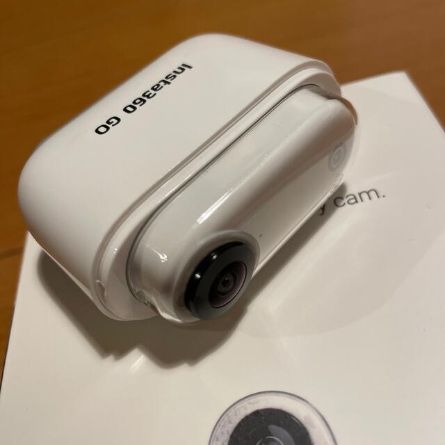 【送料込】Insta360 GO スマホ/家電/カメラのカメラ(コンパクトデジタルカメラ)の商品写真