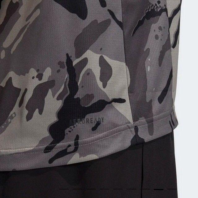 adidas(アディダス)の新品未使用adidasアディダス迷彩柄TシャツXL メンズのトップス(Tシャツ/カットソー(半袖/袖なし))の商品写真