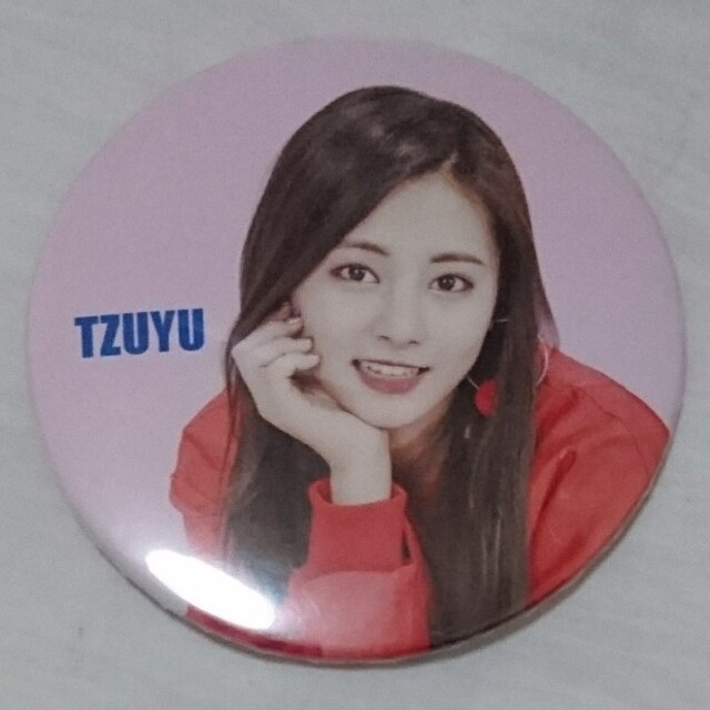 twice ツウィ 缶バッジ one more time candypop エンタメ/ホビーのCD(K-POP/アジア)の商品写真