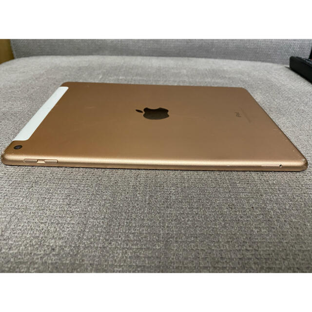 iPad 第六世代 Apple Pencil対応 スマホ/家電/カメラのPC/タブレット(タブレット)の商品写真