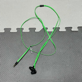 レイザー(LAZER)のRazer ゲーミングイヤホン Hammerhead V2 (PC周辺機器)