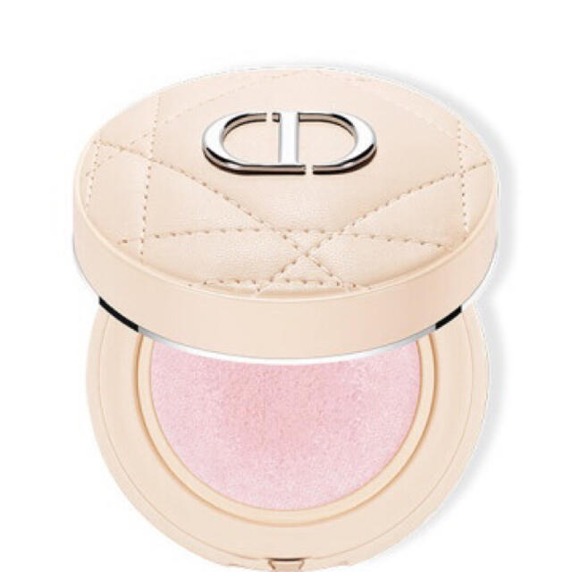 Christian Dior(クリスチャンディオール)の dior♡クッションパウダー♡ラベンダー コスメ/美容のベースメイク/化粧品(フェイスパウダー)の商品写真