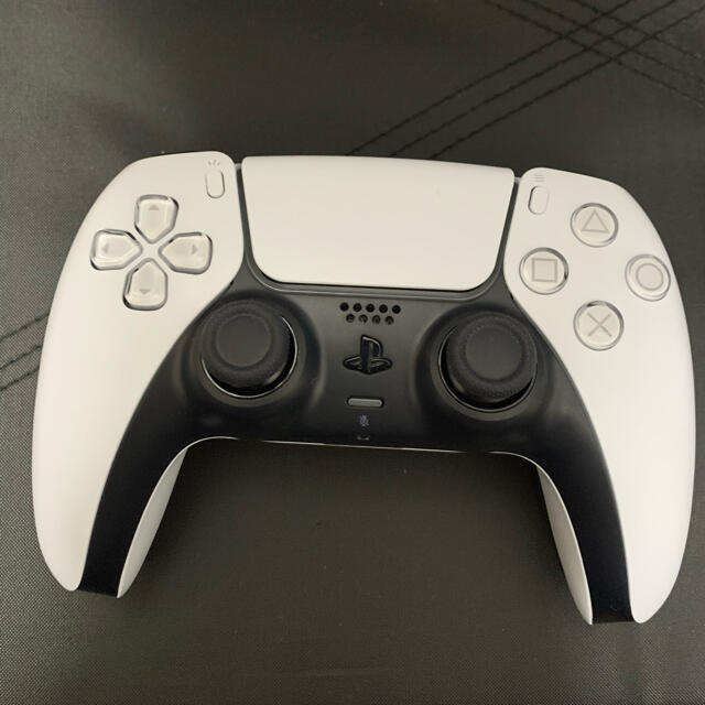 PlayStation(プレイステーション)のPlayStation5 本体 エンタメ/ホビーのゲームソフト/ゲーム機本体(家庭用ゲーム機本体)の商品写真