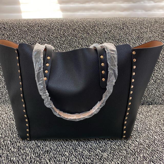 ZARA(ザラ)のZARA スタッズ付きトートバッグ 黒 新品未使用 レディースのバッグ(トートバッグ)の商品写真
