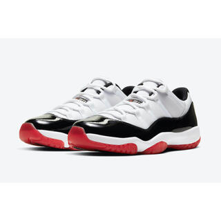 NIKE - NIKE AIR JORDAN 11 LOW UNIVERSITY RED