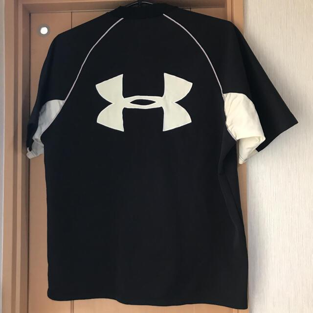UNDER ARMOUR(アンダーアーマー)のアンダーアーマービッグロゴシャツ スポーツ/アウトドアのランニング(ウェア)の商品写真