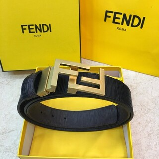FENDI - 美品・Fendi フェンディ  ベルト110cm