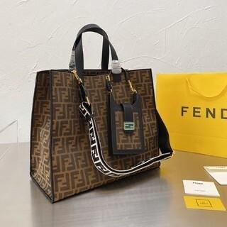 FENDI - フェンディ ショルダーバッグ FENDI トートバッグ