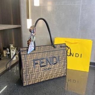FENDI - フェンディ FENDI トートバッグ