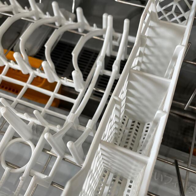 Panasonic(パナソニック)のNP- TY10 ホワイト 食器洗い乾燥機 スマホ/家電/カメラの生活家電(食器洗い機/乾燥機)の商品写真