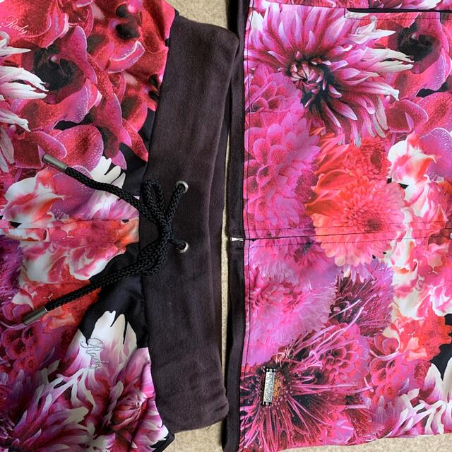 Rady(レディー)のリゾフラセットアップ Rady リゾフラショートパンツ レディースのルームウェア/パジャマ(ルームウェア)の商品写真