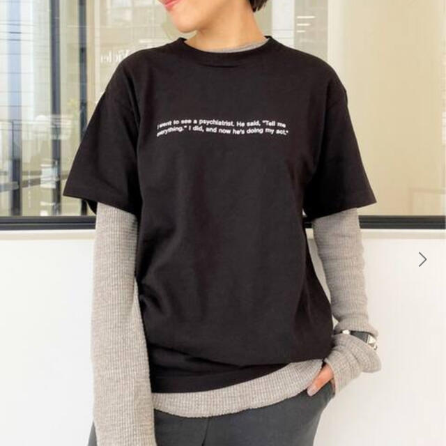 L'Appartement DEUXIEME CLASSE(アパルトモンドゥーズィエムクラス)のアパルトモン  プレジャー ロゴT レディースのトップス(Tシャツ(半袖/袖なし))の商品写真