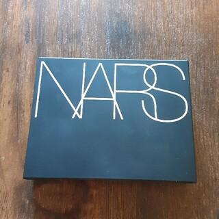 NARS - NARS ライトリフレクティング セッティングパウダー プレストN