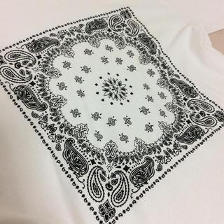 バンダナ柄 ビックTシャツ (Tシャツ(半袖/袖なし))