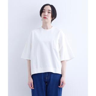 メルロー(merlot)のMERLOT IKYU ビッグシルエットポケットカットソー オフホワイト(Tシャツ(半袖/袖なし))
