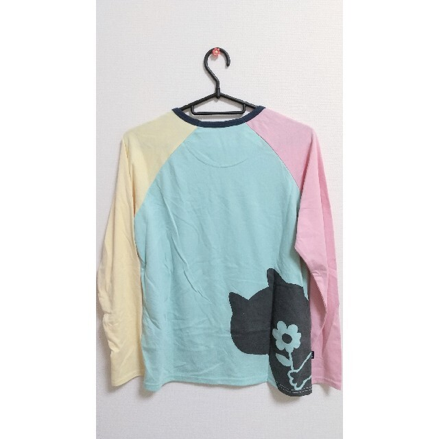 rough(ラフ)の【新品未使用】rough 猫 薄手 長袖Tシャツ レディースのトップス(Tシャツ(長袖/七分))の商品写真