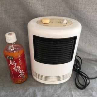 パナソニック(Panasonic)の電気ファンヒーター FE-06U1E ナショナル(電気ヒーター)