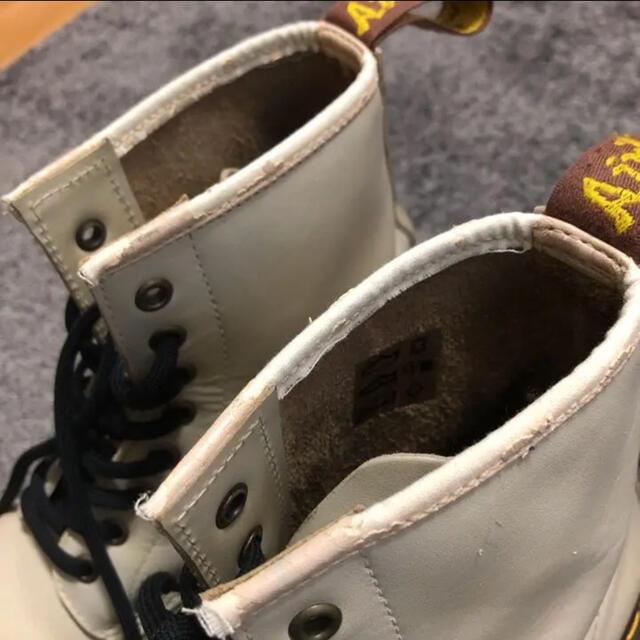 Dr.Martens(ドクターマーチン)のドクターマーチン 白 レディースの靴/シューズ(ブーツ)の商品写真