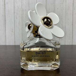 マークジェイコブス(MARC JACOBS)のマーク ジェイコブス  デイジー オードトワレ 50ml(香水(女性用))