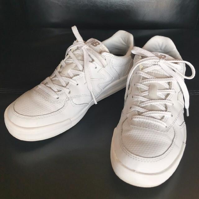 New Balance(ニューバランス)の【New Balance】ホワイト×シルバー ニューバランススニーカー 24 レディースの靴/シューズ(スニーカー)の商品写真