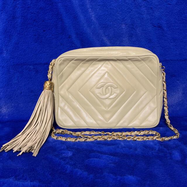 CHANEL(シャネル)のシャネル フリンジ チェーン ショルダーバック レディースのバッグ(ショルダーバッグ)の商品写真