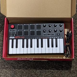 AKAI MPK miniキーボード(キーボード/シンセサイザー)