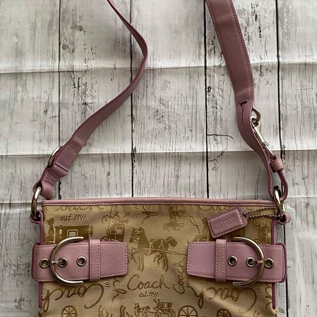 COACH(コーチ)のCOACH ショルダーバッグ  ベージュ、ピンク レディースのバッグ(ショルダーバッグ)の商品写真