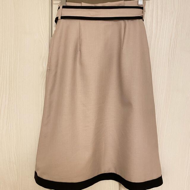 Apuweiser-riche(アプワイザーリッシェ)のApuweiser-riche スカート 美品 レディースのスカート(ひざ丈スカート)の商品写真