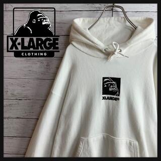 XLARGE - 【人気デザイン】エクストララージ センターロゴ刺繍入りパーカー ストリート
