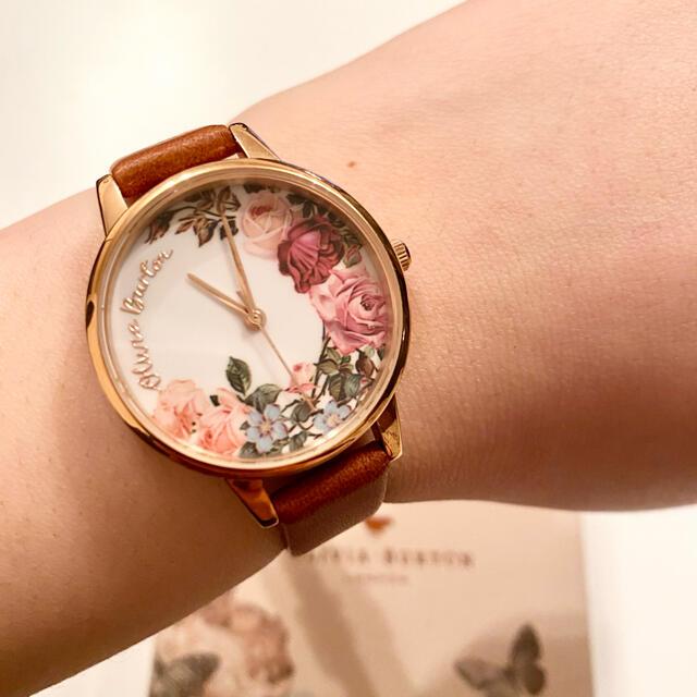 OLIVIA BURTON 花柄 レザー時計 レディースのファッション小物(腕時計)の商品写真