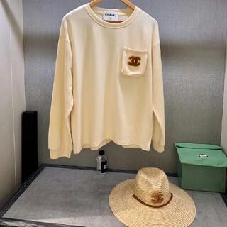 シャネル(CHANEL)の新しい限定ポケット刺繡ロゴ長袖Tシャツ(Tシャツ(長袖/七分))