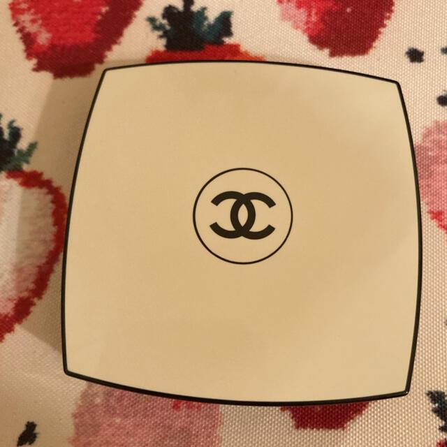 CHANEL(シャネル)のシャネル♡レベージュパレットルガール ウォーム コスメ/美容のベースメイク/化粧品(アイシャドウ)の商品写真