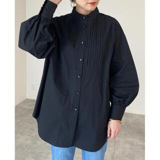 Mila Owen - 【新品タグ付き】【2021新作】ピンタックバンドカラーシャツ【ブラック】