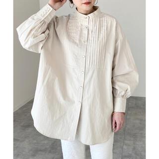 IENA - 【新品タグ付き】【2021新作】ピンタックバンドカラーシャツ【ベージュ】