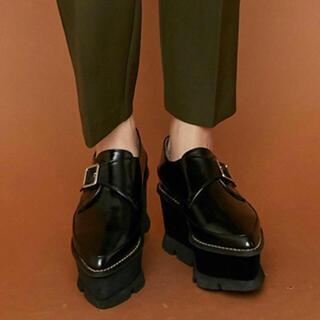 ムルーア(MURUA)のMURUA(ローファー/革靴)