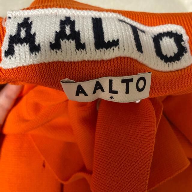 ACNE(アクネ)の新品 AALTOアールト オレンジトップス レディースのトップス(カットソー(長袖/七分))の商品写真