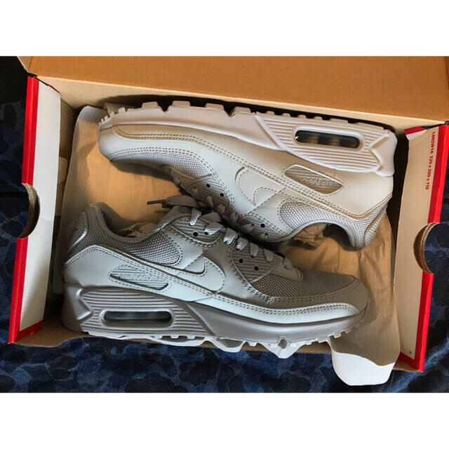 NIKE(ナイキ)の☆新品Nike ナイキAIR MAX90 GREY グレー US8 ☆ メンズの靴/シューズ(スニーカー)の商品写真