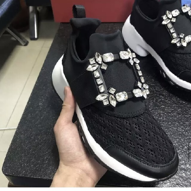 EMODA(エモダ)の新品🌴クリスタルダイヤビジューデザイナースニーカー レディースの靴/シューズ(スニーカー)の商品写真