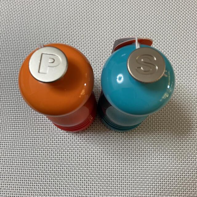 LE CREUSET(ルクルーゼ)の新品 未使用  ルクルーゼ   ソルトペッパー ミル インテリア/住まい/日用品のキッチン/食器(食器)の商品写真
