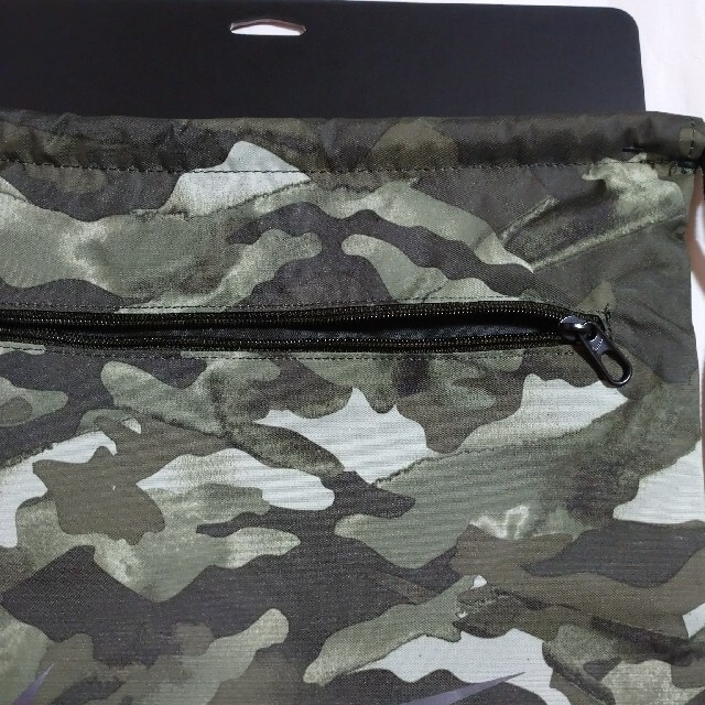 NIKE(ナイキ)のNIKEナイキナップサック メンズのバッグ(バッグパック/リュック)の商品写真