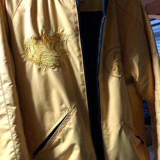 アヴィレックス(AVIREX)のavirexスカジャン。虎、JAPAN、黄色。中古。サイズL(スカジャン)