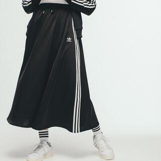 アディダス(adidas)のアディダスオリジナルス ロングスカート ブラック Mサイズ タグ付き未使用品(ロングスカート)