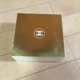 シャネル(CHANEL)の【新品】シャネル ココマドモアゼル フレッシュ ボディパウダー(ボディパウダー)