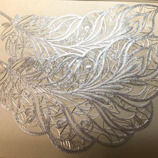 未開封 羽根の形のランチョンマット2枚 シルバー