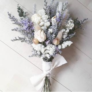 ホワイトバラと小花のナチュラルスワッグ(ドライフラワー)