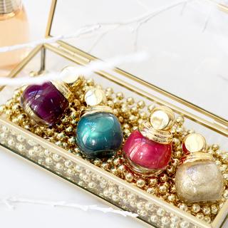 ディオール(Dior)の限定色廃盤品 クリスマス限定 Christian Dior ディオリフィック(マニキュア)