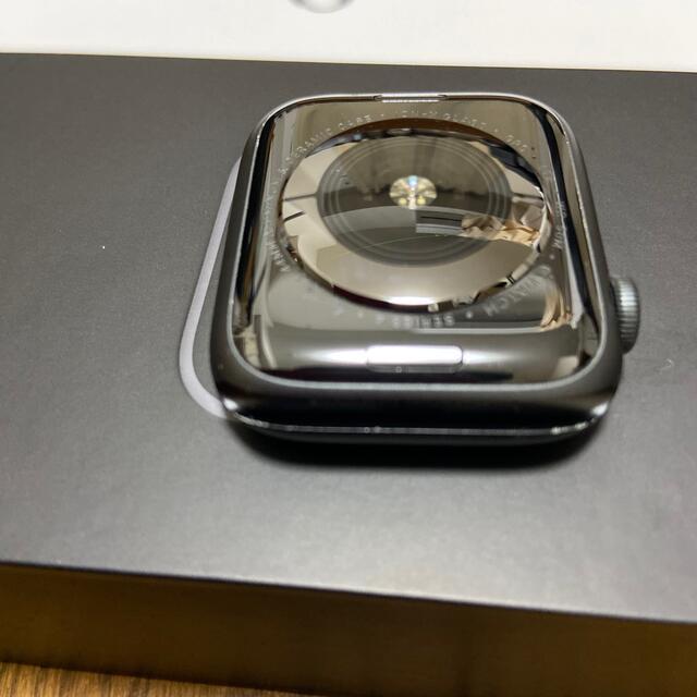 Apple Watch(アップルウォッチ)の再出品 apple watch シリーズ4 Nike 44ミリセルラー 中古 メンズの時計(腕時計(デジタル))の商品写真