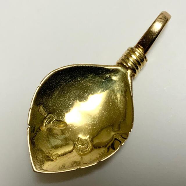 goro's(ゴローズ)のTADY&KING K18 リーフ ターコイズ 縄  チャーム ペンダントトップ メンズのアクセサリー(ネックレス)の商品写真